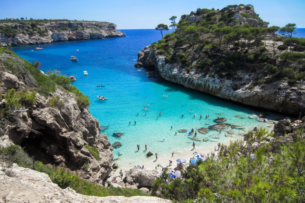 Complete Island Guide to Mallorca - The Seasoned Travelr